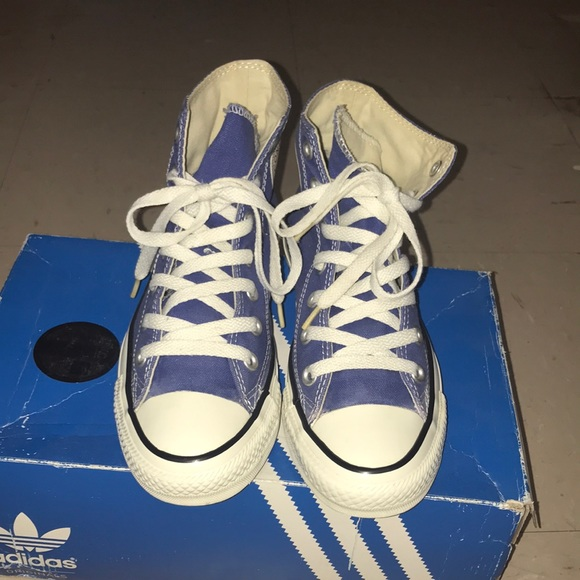 Converse All Star fits like a size 7 in women's
